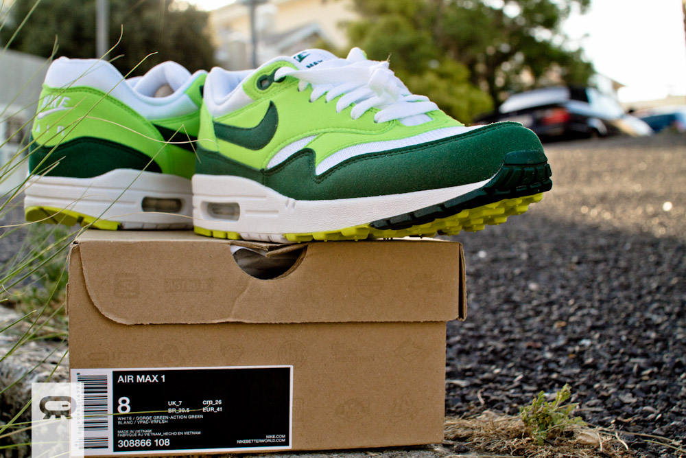 Air Max 1 Green And White