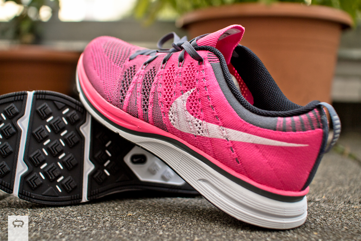 8f9f48920201e ... white  Nike Flyknit Trainer+ Neo Turqoise   Pink Flash 532984-611 ...
