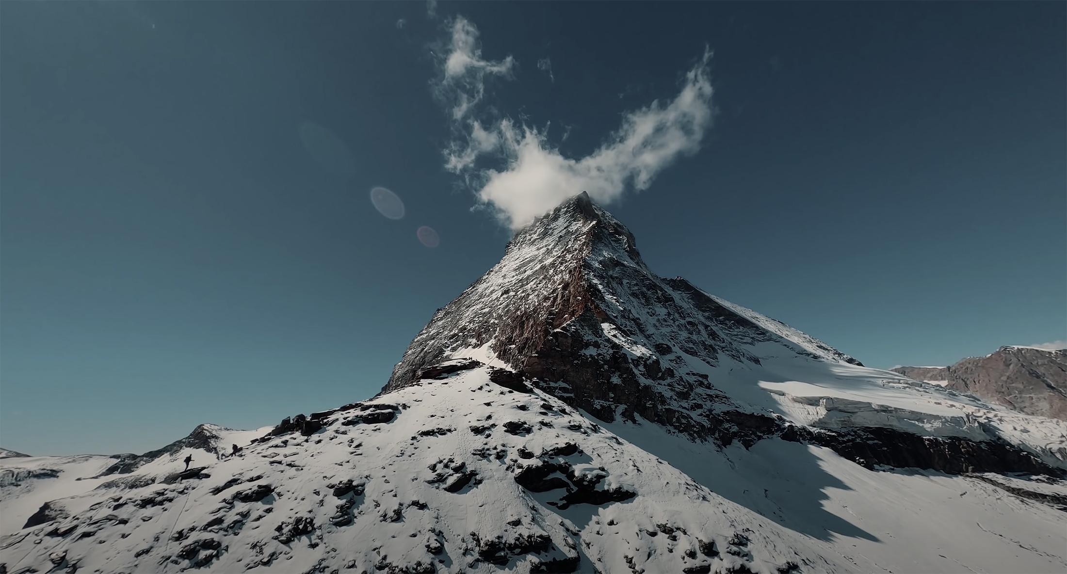 Ellis van Jason Matterhorn Drohne